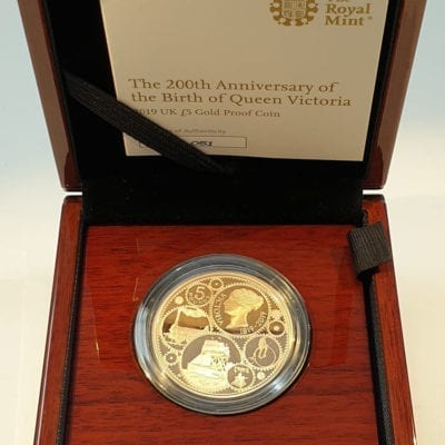 Queen Victoria 2019 UK £5 Gold Proof Coin